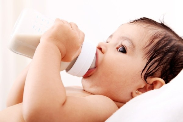 Để việc cai sữa cho con không còn là cuộc chiến