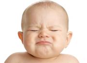 5 Sai lầm mẹ Việt thường mắc phải khi điều trị táo bón cho con