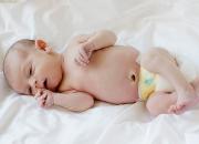 Chia sẻ cách vệ sinh cuống rốn cho trẻ sơ sinh tránh bị nhiễm trùng