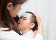 Tác dụng thật sự của miếng dán hạ sốt: Liệu các mẹ có bị lừa?