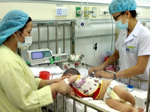 Những nguyên tắc cần lưu ý khi điều trị tay chân miệng cho trẻ