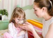 Trẻ bị tiêu chảy cấp mẹ đừng quên làm 3 việc này để cứu con
