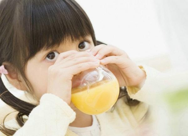 Thực phẩm cho trẻ bị tiêu chảy ăn tránh mất nước
