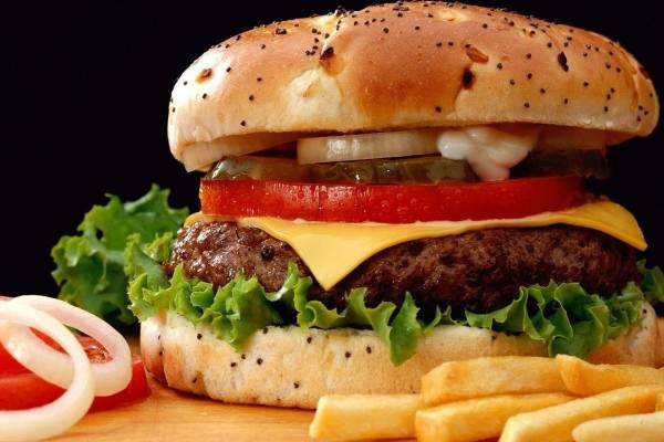 Thực phẩm cấm kỵ không nên cho con ăn khi bé bị ho