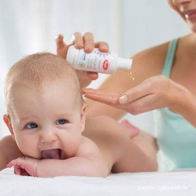 Chăm sóc da trẻ sơ sinh vào mùa đông như thế nào hiệu quả?
