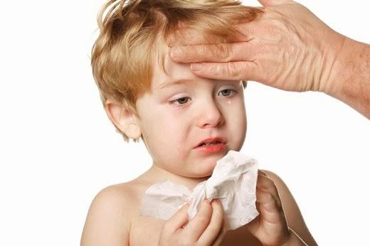 Nhận diện các dấu hiệu viêm đường hô hấp trên ở trẻ sơ sinh