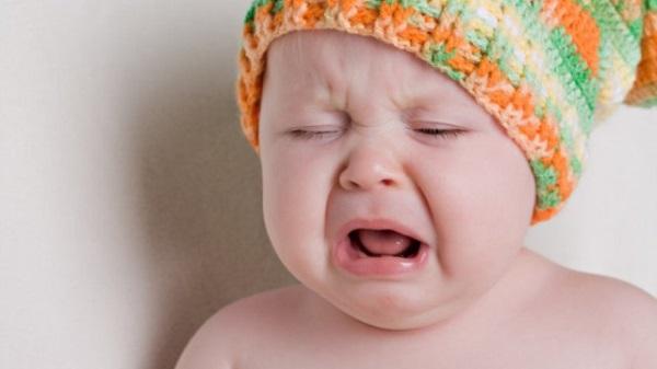 Nguyên nhân khiến trẻ sơ sinh hay nôn trớ biết để phòng tránh