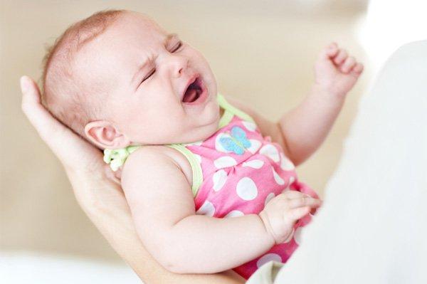 Những phảm ứng phụ sau khi tiêm vacxin ở trẻ sơ sinh mẹ nên biết