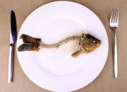 Mẹo hay giúp mẹ chữa hóc xương cá tại nhà