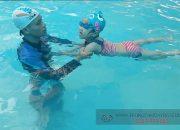 Nhận Dạy Bơi Kèm Riêng Cho Bé 4 Tuổi | Phương Pháp Đào Tạo Bơi Chuyên Nghiệp – Trẻ Tự Tin Tạo Đam Mê