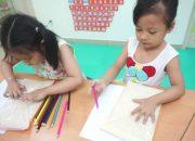 BeeBlue – Học chữ – bé 4 tuổi – playing with alphabet