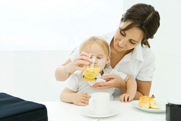 Kinh nghiệm tìm người giúp việc mẹ cần nắm vững để đảm bảo an toàn cho con